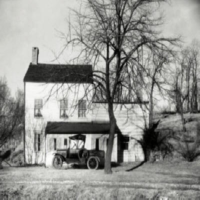 Walker Evans' Westchester, New York, Farmhouse, 1931